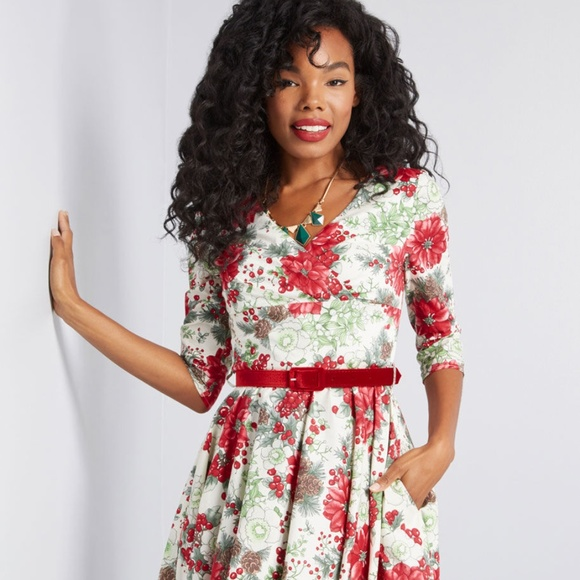 Hell Bunny Dresses & Skirts - Hell Bunny Festive Impression Floral Dress